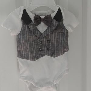 Other - Adorable onsie for a handsome baby!